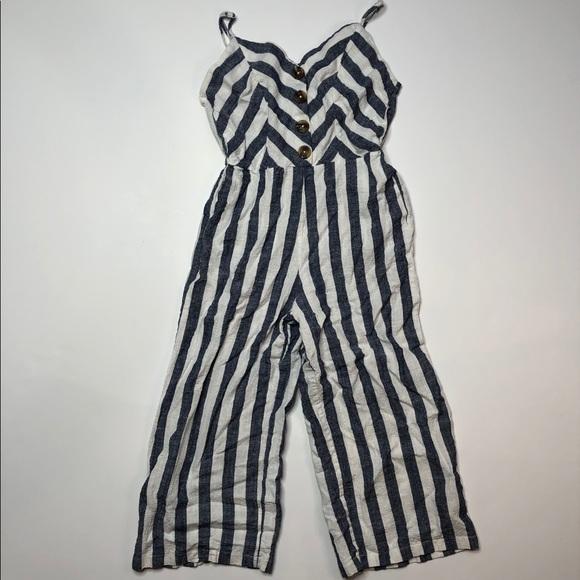 Kensie Pants - Kensie white and blue vertical stripe crop jumper